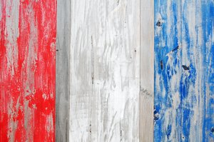 wood: colored wood on the Dutch shore