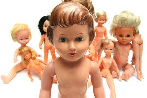 keywords: dolls, female, girl, girls, naked, nude, people, woman, women