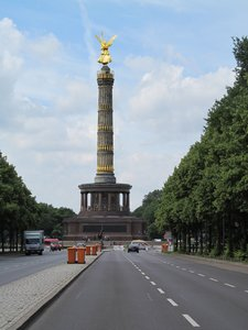 golden statue Berlin: Victory Column in Berlin