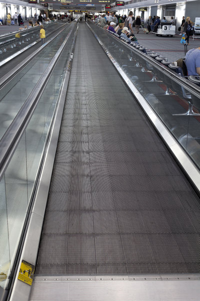 Airport travelator: A travelator at an American airport. Photography in this area was freely permitted.