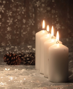 Christmas Candles 2: White Christmas