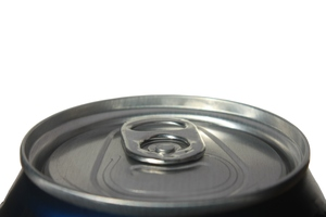 Can top: Close-up of the top of a drinks can