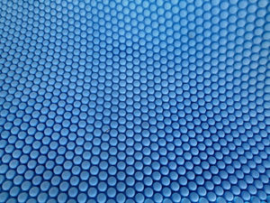 bubble blue1: large  roll of firm blue bubble plastic