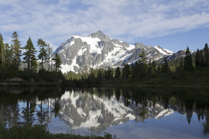 Picture Lake: Picture Lake and Mount Shuksan, North Cascades National Park, USA.