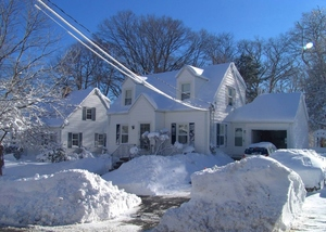 Snowy Home: Home in New England - Blizzard, Jan 2011 - heavy snow.
