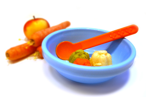 Baby Puree, Baby Food: Baby Puree made out of Apple, Parsnip and Carrot.