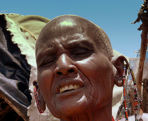 Masai Woman: Masai Woman selling beads and artwork