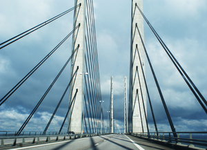 Bridge over �resund, between M