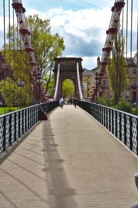 Gratis stock foto 39 s rgbstock gratis afbeeldingen hangbrug colinbrough may 25 2015 3 - Schorsing bloei stad ...