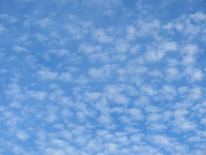cirrus cloud formations: cirrus cloud formations