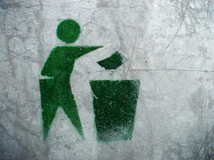 Litter sign: Stencil litter sign - place your rubbish, waste, litter, in the rubbish bin