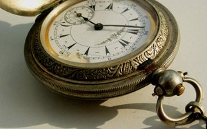 Time 1: Old pocket watch from other times.