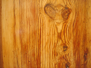 Movila wood 2: The use of Movila wood in furniture, doors and gates is quite common in southern Valencia and Alicante.