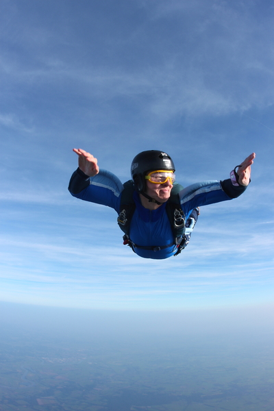 Free fall skydive: Free fall, controllng altitude skydiving