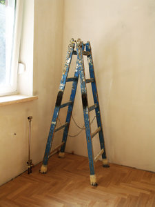 painters ladder: none