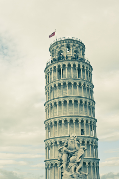 Tower Of Pisa 2: Photo of leaning tower of Pisa