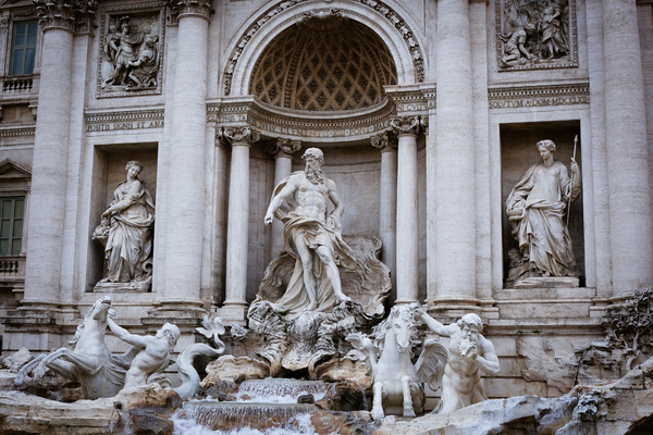 Trevi Fountain In Rome 1: Photo of trevi fountain in Rome