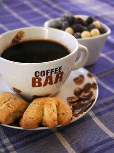 Coffee Bar: My Sunday coffee with anise biscuits and chocolate
