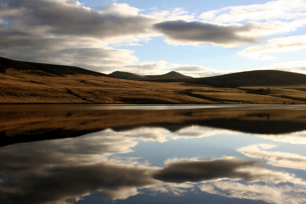 Pentland Hills: Pentland Hills from Threipmuir Reservoir, Scottish landscape, near Edinburgh