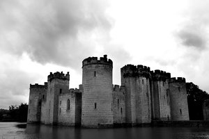 Bodium black and white: black and white shot of Bodium castle,east sussex