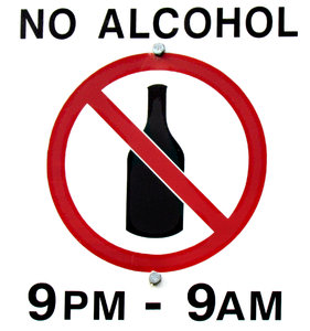 timed non-drinking sign: timed alcohol banned sign