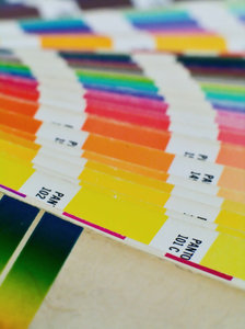 Colors by Pantone 2: ...