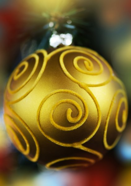 Gold bauble: golden Christmas bauble
