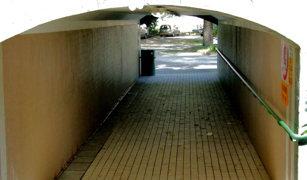 underpass entrance5