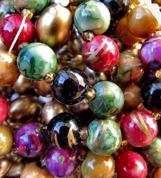 baubles and beads 19b2: necklaces - costume jewellery - baubles and beads