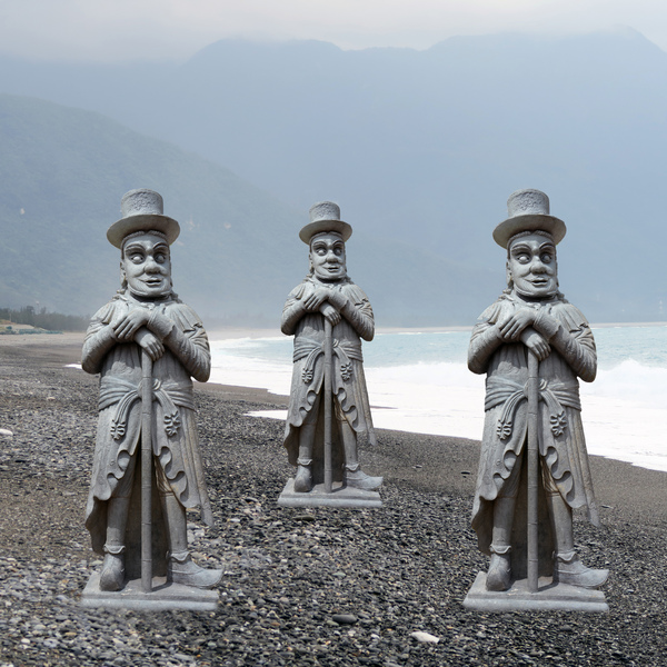 Stone beach statues: A stone beach with statues