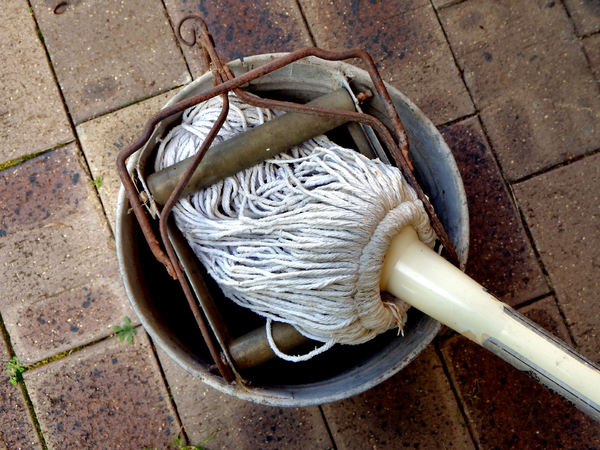 old mop bucket2