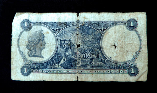 historic Singapore currency2