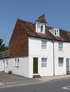 End terraced house: An end terraced house in Sussex, England.