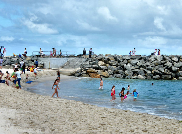 sheltered beachside: people enjoying and relaxing at Western Australian sheltered beach area