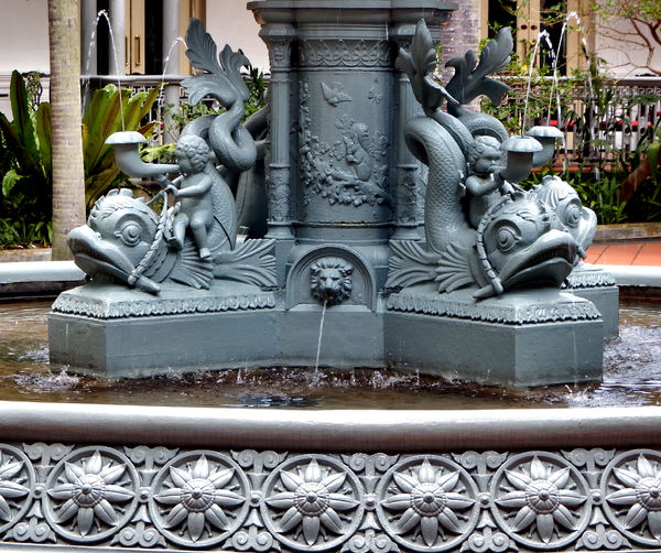 elaborate Victorian fountain3: elaborate 1890 Scottish manufactured cast iron fountain in Singapore