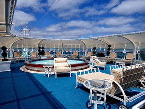 adult spa pool area2: cruise ship spa pool quiet relaxation area for adults