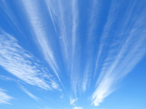 sky pointers1: almost directional formation of wispy cloud lines