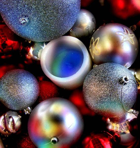 Christmas baubles color1