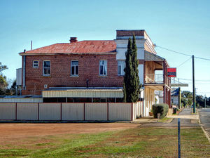 historic rural hotel1: typical Australian rural hotel architecture