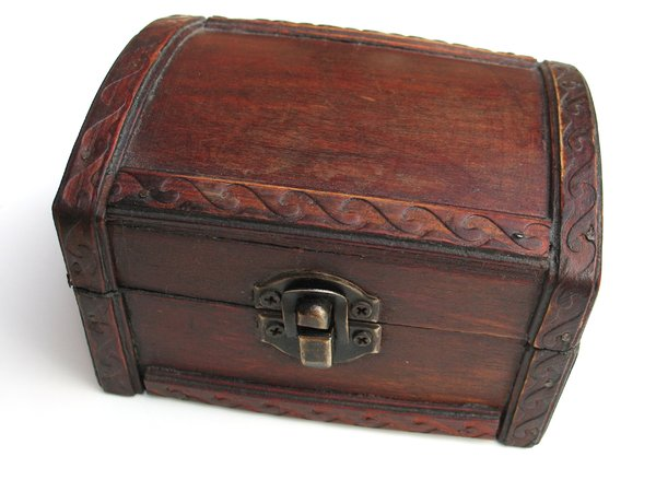 old chest 1: none