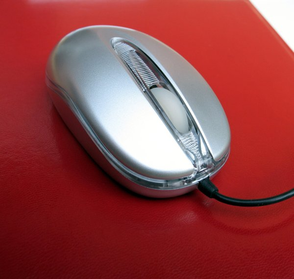 mouse on red