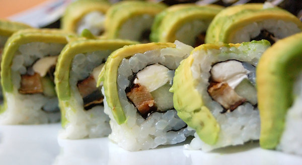 Sushi roll: Sushi rolls with avocado