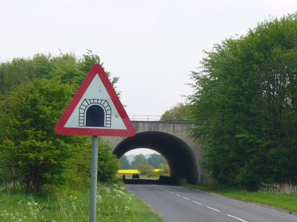Tunnel: Tunnel with sign