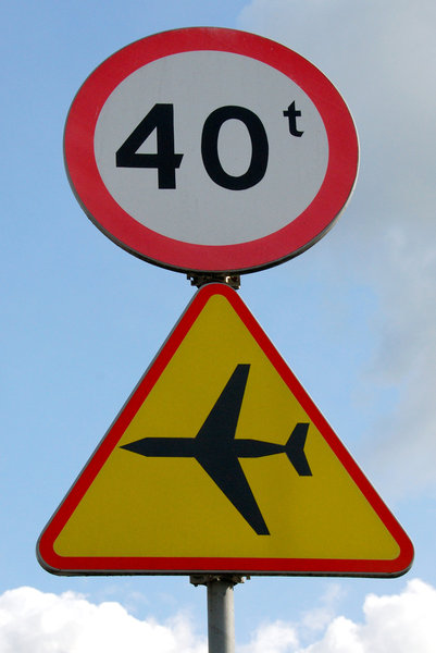 Airport and bridge signs: Road signs