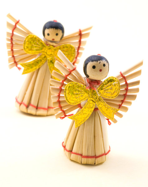 Strow angel 2: Decorations from christmas tree
