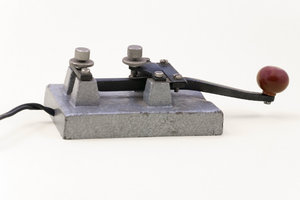 Morse telegraph 2: Key from Morse telegraph set