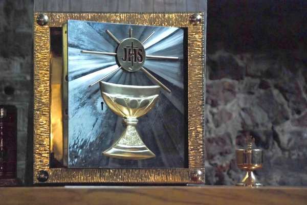 Catholic ciborium 2: Tabernacle