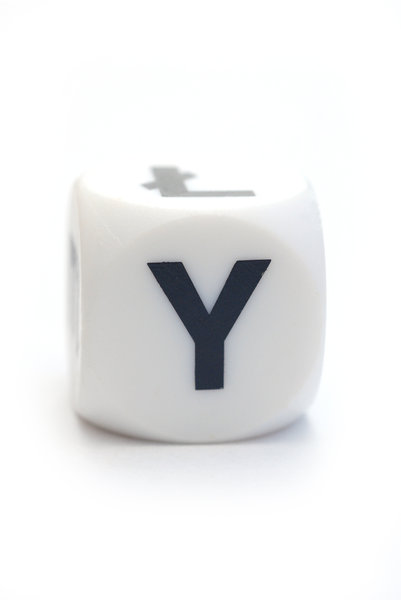 Character Y on the dice: Letter on the cube