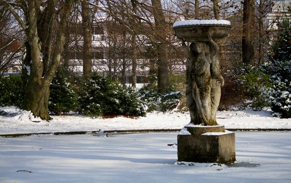 fountain in winter: Winter scene in the park of Karlsruhe Palace/Germany
