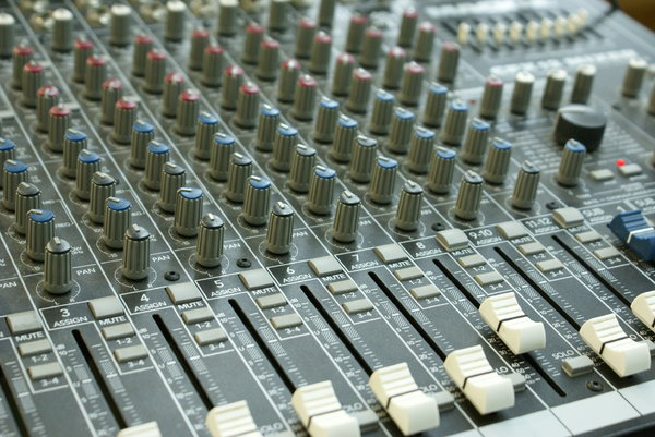 Sound mixer 3: 12-channel sound mixer table